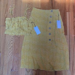 Matching set! Crop top and skirt